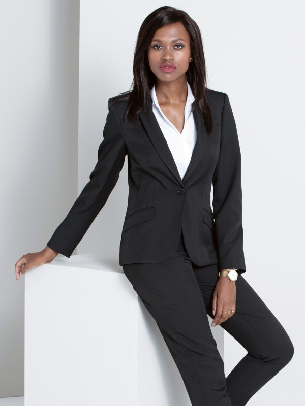 Fitted long sleeve Jacket, fully lined.