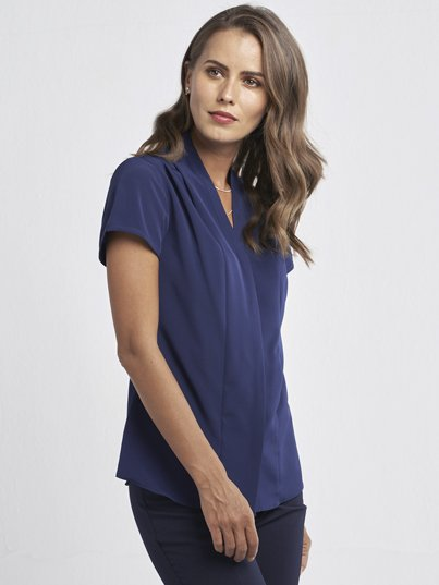 Classic Fit , short sleeve blouse with shawl collar. Approx. 69cm centre back length.