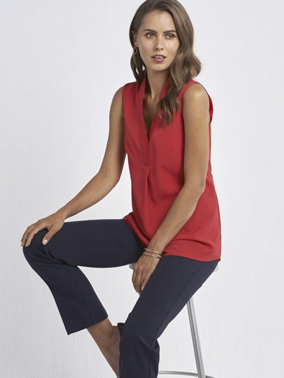 Classic Sleeveless Placket & Collar Detailed Blouse, Approx. 77cm centre back