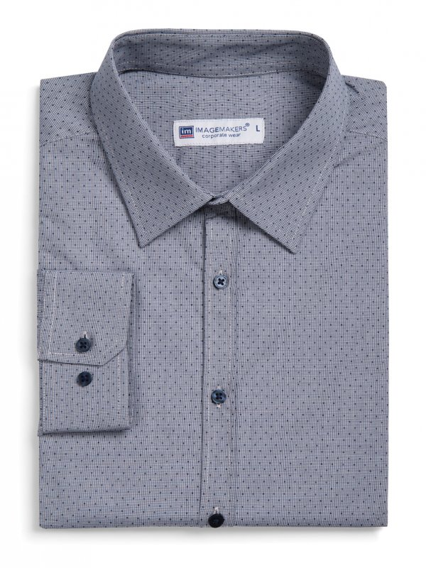 Fitted Long Sleeve Men's shirt, no front pocket.  Approx. 75cm
