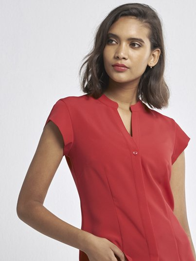 Fitted short sleeve blouse, mandarin collar and concealed button stand. Approx. 66cm centre back length.